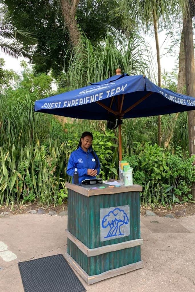 Picture of the Guest Experience Team Kiosk at Walt Disney World