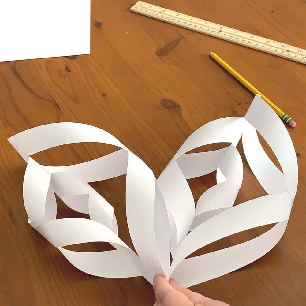 connecting your 3d snowflake petals
