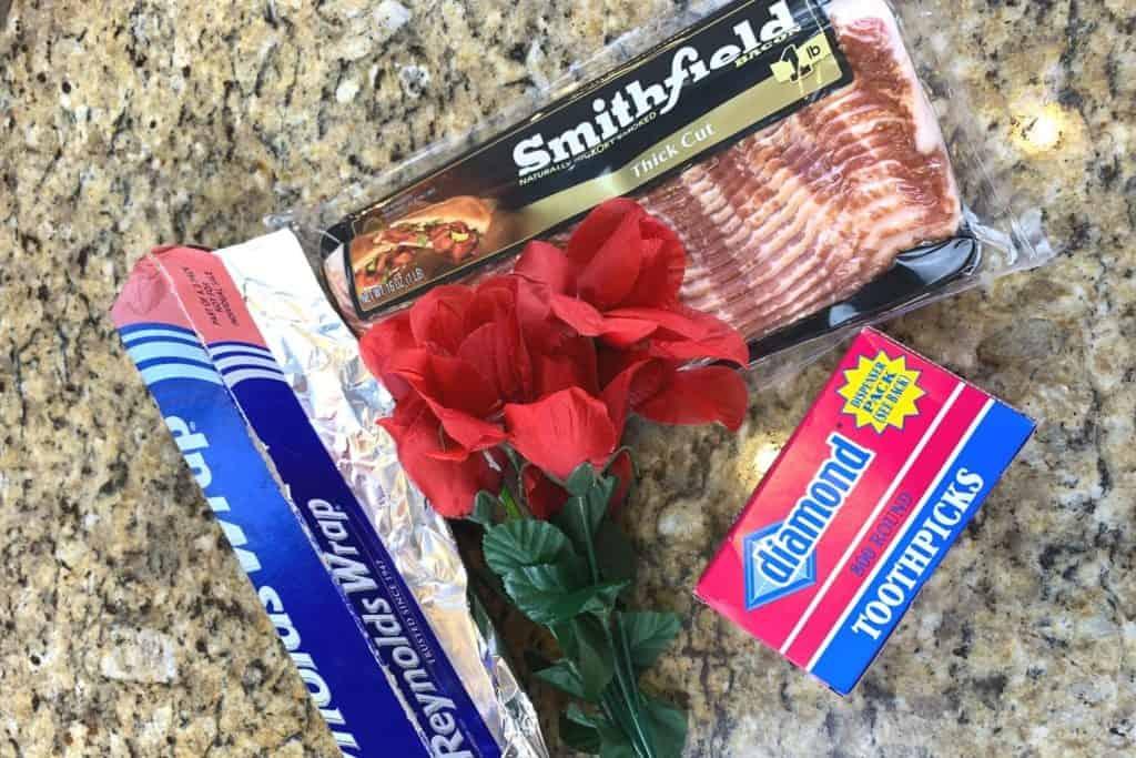 supplies to make a bacon bouquet