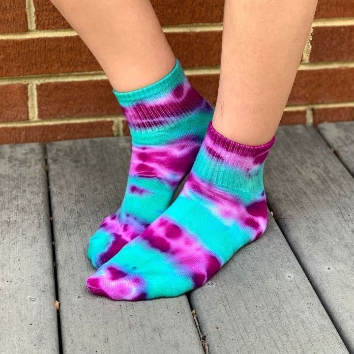 twisted tie dye socks